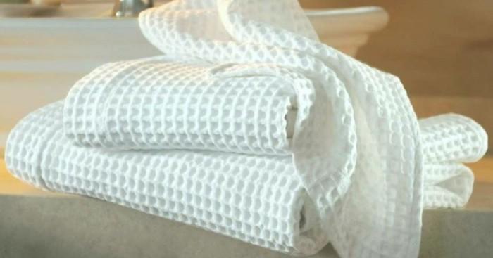 Як відбілити кухонні рушники в домашніх умовах: 8 надійних способів