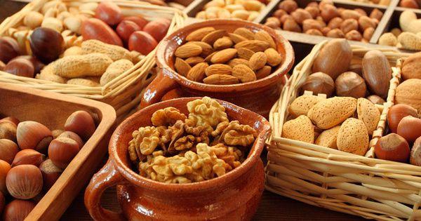 Найкорисніші горіхи і насіння для жінок - ТОП-12 в меню