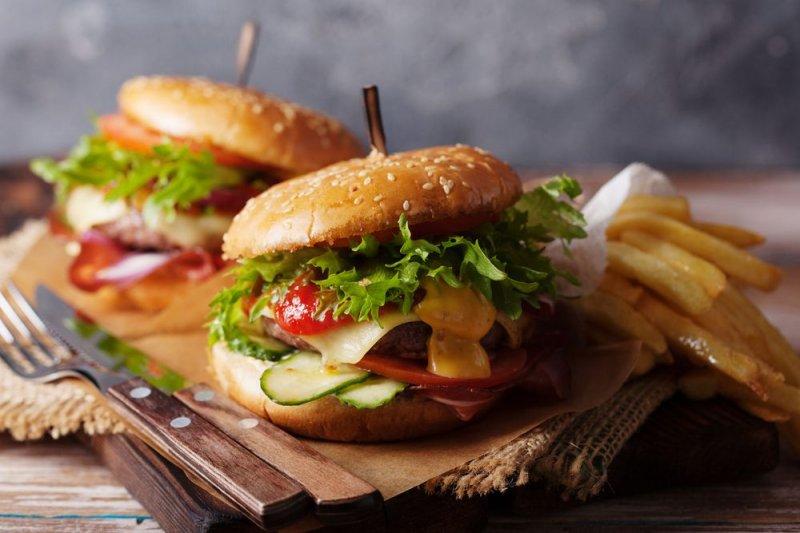 11 страв фастфуду, які ти можеш спокійно їсти
