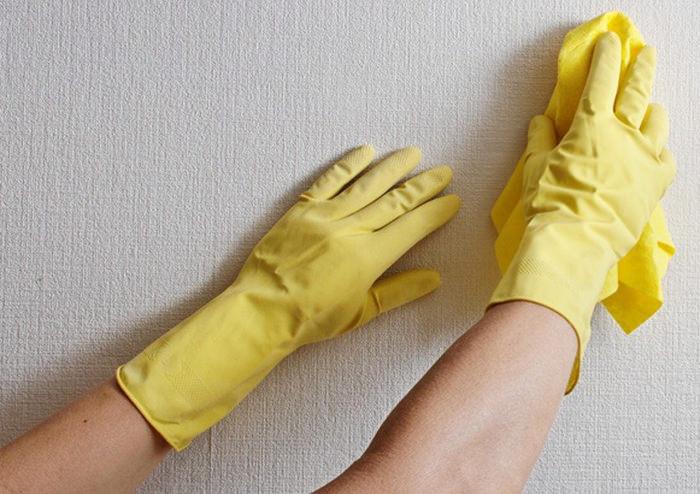 Як мити пофарбовані стіни: від народних засобів до побутової хімії