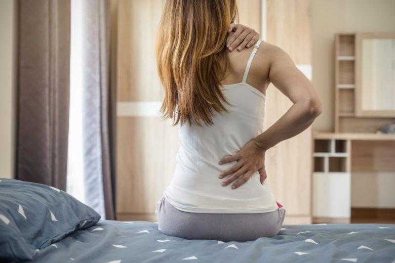 5 причин, чому у вас болить спина після сну