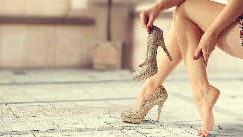7 способів зробити взуття на високих підборах зручним