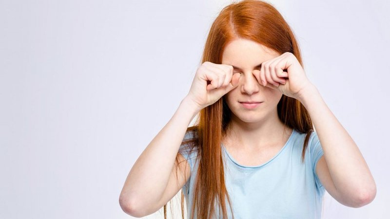 10 причин, за якими ви відчуваєте біль в очах