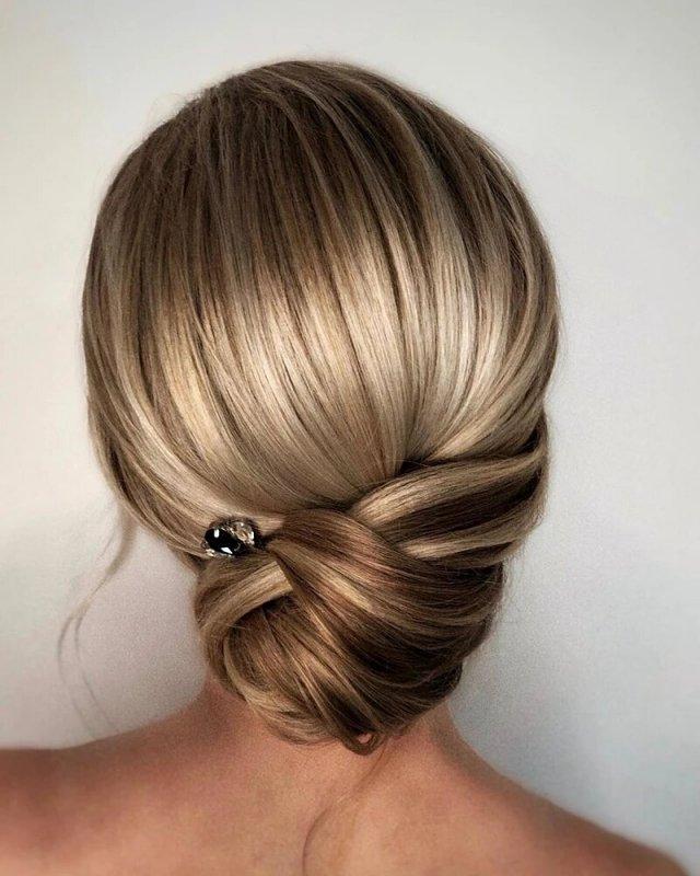 Простіше, ніж розчесатися: 7 варіантів укладок на коротке волосся (до плечей)