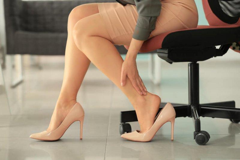 8 причин чому у вас можуть боліти ноги