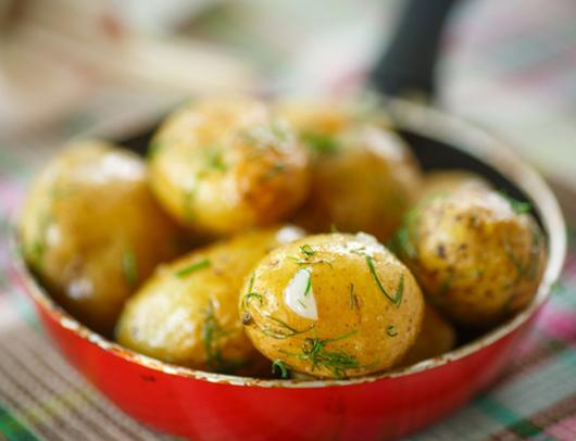 Як правильно варити картоплю: 5 відомих і найпростіших рецептів
