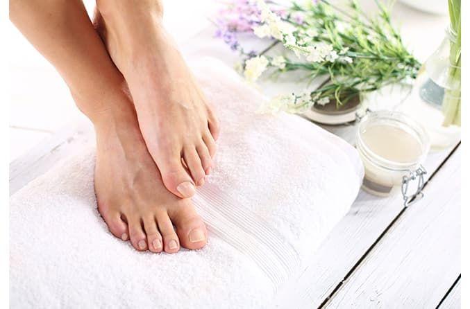 Як правильно лікувати грибок шкіри ніг, щоб повністю позбутися від недуги
