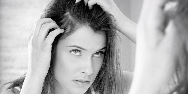 Жирна шкіра голови: як вирішити проблему і почати рідше мити волосся