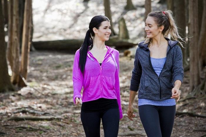 Замість спортзалу: як зробити з прогулянки повноцінним тренуванням (без вправ)