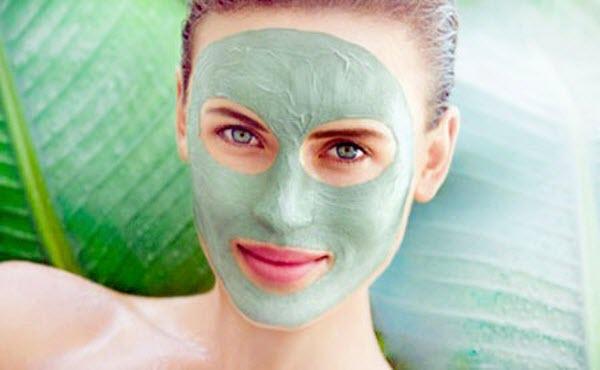 Як наносити 6 різних видів масок на обличчя, щоб вони працювали