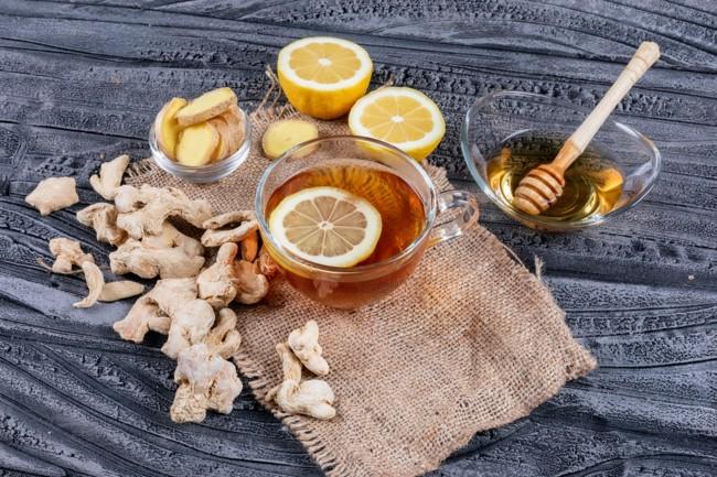 Для зміцнення імунітету і не тільки: користь чаю з імбиром і лимоном