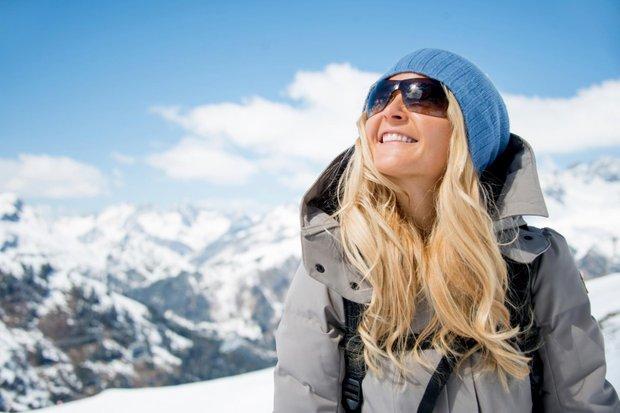 Чому сонцезахисні окуляри взимку навіть потрібніше (розвіюємо головний міф)