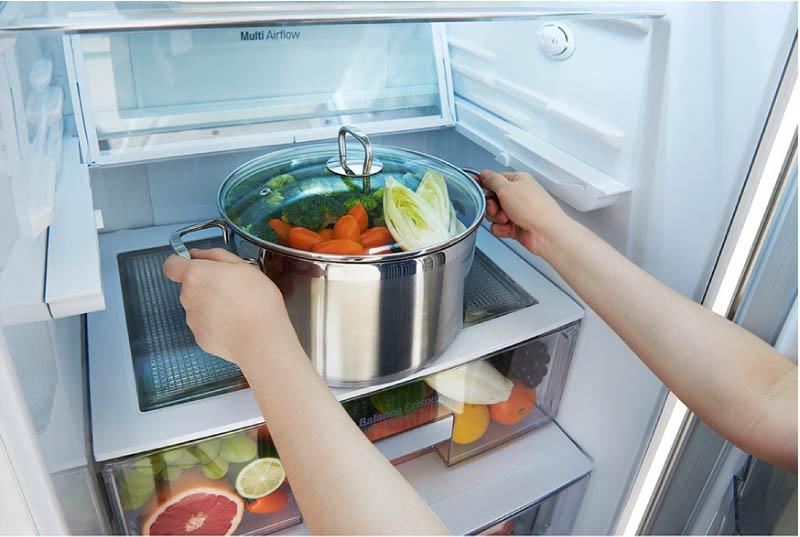 8 причин, чому не можна ставити в холодильник гарячу їжу