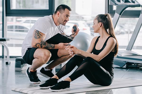 10 питань фітнес-тренеру: про мотивацію, калорії і найефективніші вправи