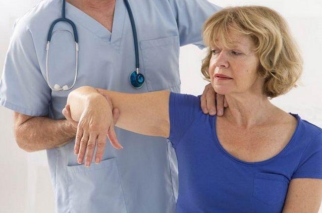 Відновлення руки після інсульту: правила і вправи
