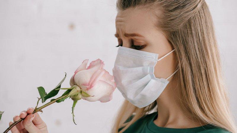 Як відновити нюх після коронавіруса (самому і з лікарем)