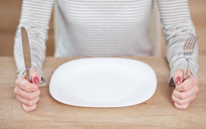 Від лазні до голодування: 5 міфів про популярні методи народної медицини